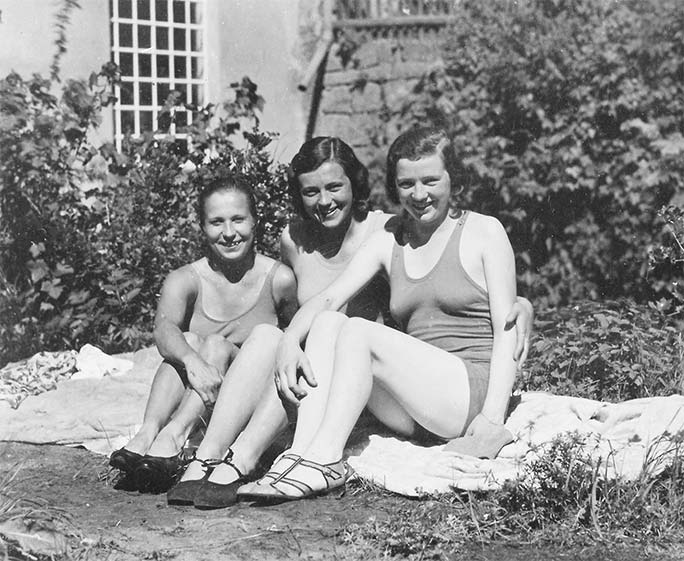 three women posing for a photograph